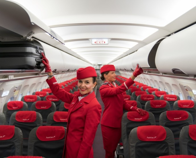 passenger_luggage_space_upgrade_austrian_airlines_stewardessen_web